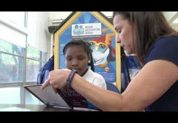 Read Houston Read volunteer makes a difference at Northline Elementary