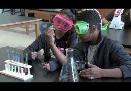 Edúcalos: La escuela Rusk se convierte en una secundaria para las ciencias médicas