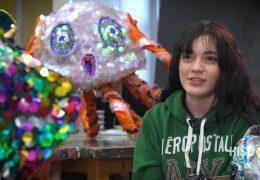 """Escuelas de HISD se preparan para el desfile artistico """"Art Car Parade"""""""