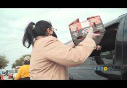 Camino al Éxito: Última entrega de alimentos de HISD