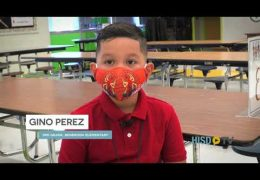 Benbrook ES students have breakfast with Superintendent House