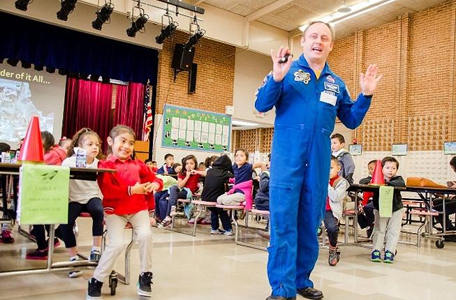 AstronautatGrissomES